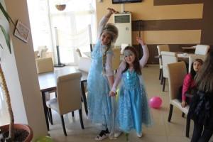 """Партито на Диди с цели две принцеси """" Елза"""""""